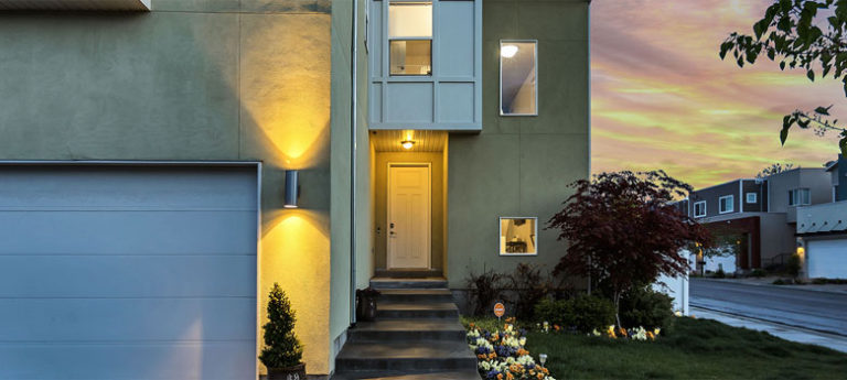 cozy home to illustrate home equity personal lending services